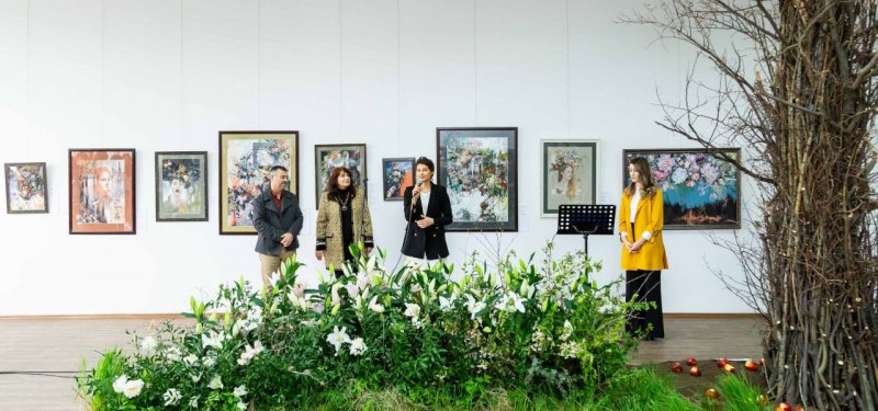 Flowers - the Remnants of Heaven on Earth. Personal Exhibition of Tatiana Razincov