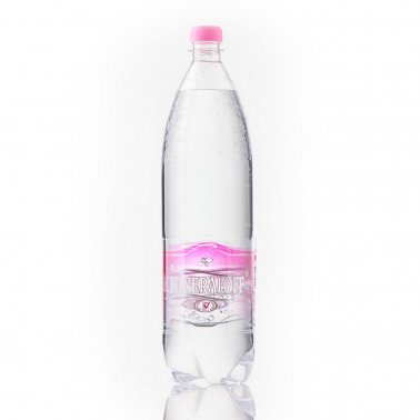 """Mineraloff"" non-carbonated water"
