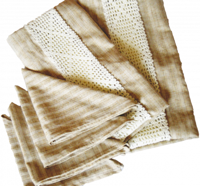 Napkins and table runner