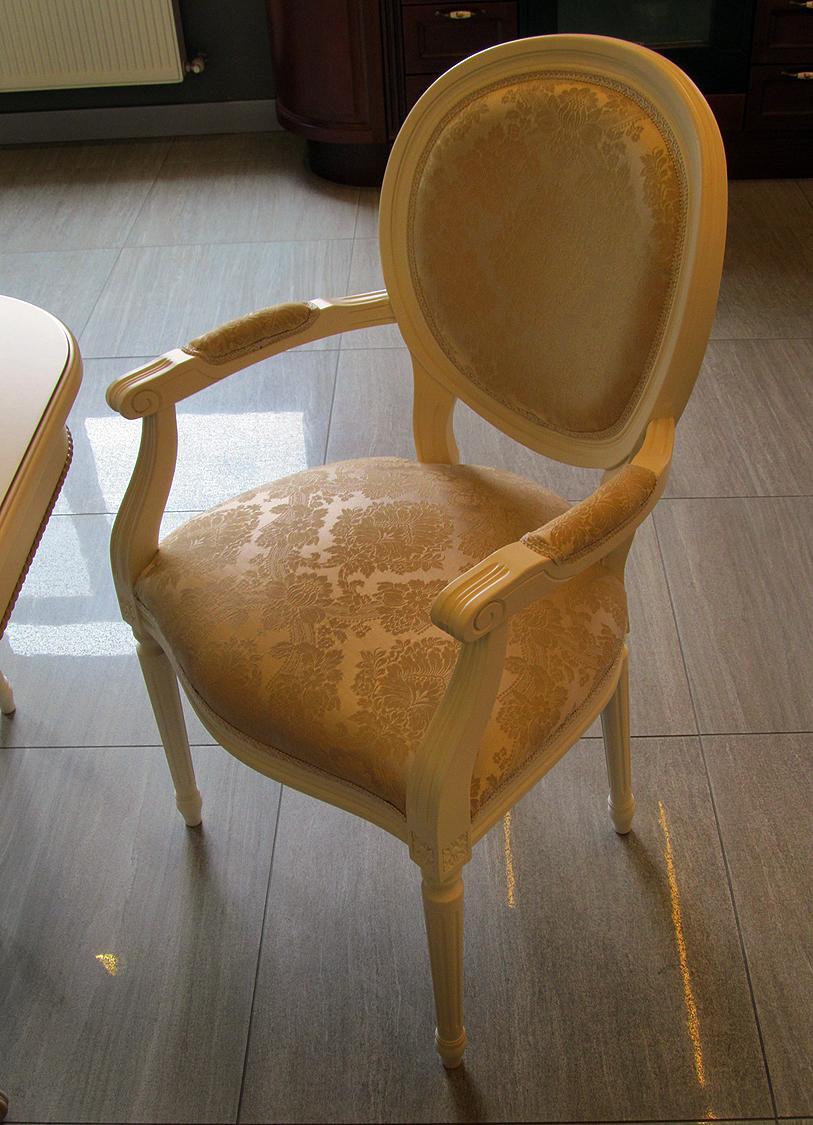 Wood Furniture Manufacturers In Moldova